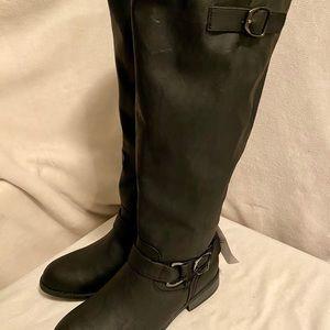 Never worn, black knee boots